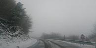 Kocaeli'de yüksek kesimlerde kar yağışı etkili oluyor