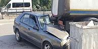 Otomobil park halindeki tankere çarptı