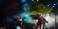 Roman Orkestrası'nın İlk Konseri Beğeniyle İzlendi