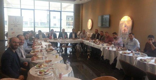 TÜMSİAD Gebze Üyeleri Kahvaltıda Buluştu