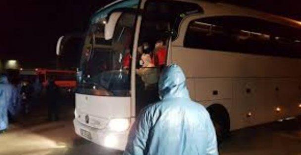 Tunus ve Macaristan'dan gelen yolcular Kocaeli'de öğrenci yurduna yerleştirildi