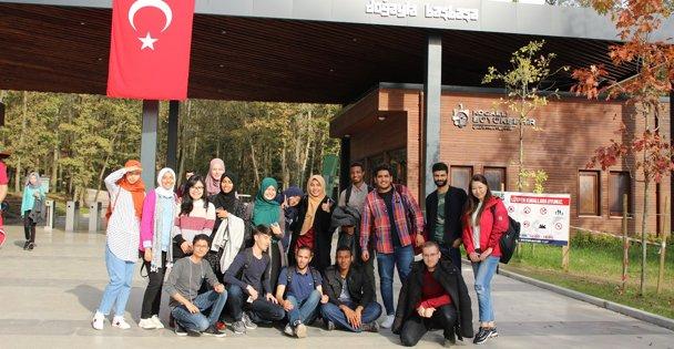Uluslararası öğrenciler 'Gez Gör' ile İzmit'i gezdi