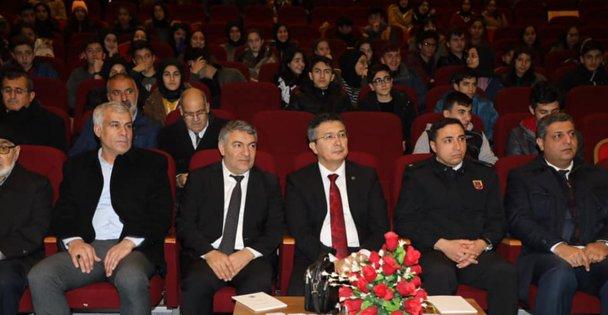 Yahya Kaptan, Dilovası'nda törenle anıldı