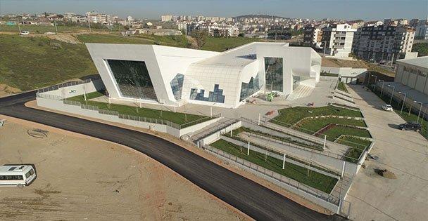Yarı Olimpik Yüzme Havuzu 14 Nisan'da Açılıyor