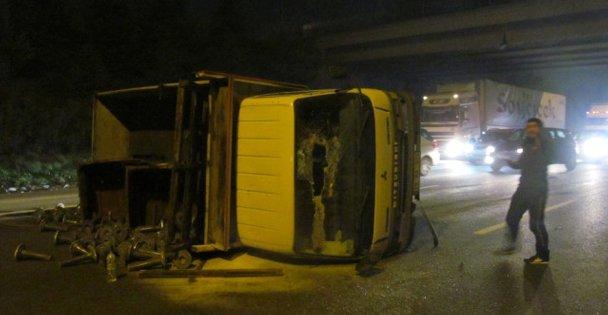 Zincirleme Trafik Kazası 1 Yaralı